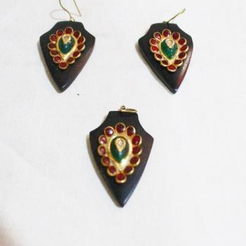 WOOD GOLD PENDANT SET